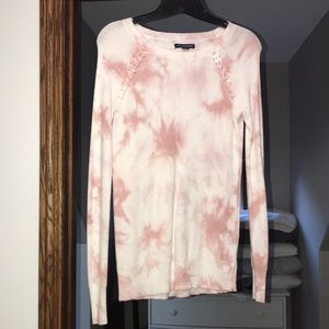 American Eagle Outfitters pink and white sweater
